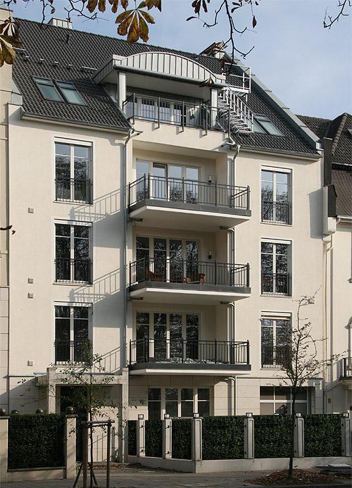 eigentumswohnungen in der stadtvilla cecilienallee 15b d sseldorf golzheim zu verkaufen. Black Bedroom Furniture Sets. Home Design Ideas